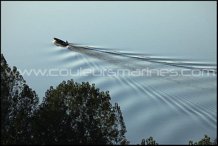 photos de la Loire, pecheur en barque sur la Loire, photos, la Loire, Barque, Pecheur, Erik Brin, Photographe, Champtoceaux