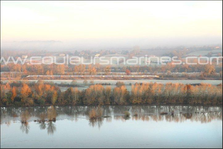 Photos, La Loire, Automne, La Loire en automne, Photos de Loire, Photos de Champtoceaux, Photos de Oudon, TGV, Train, La Loire, Ligne TGV